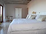 bedroom_fp.jpg